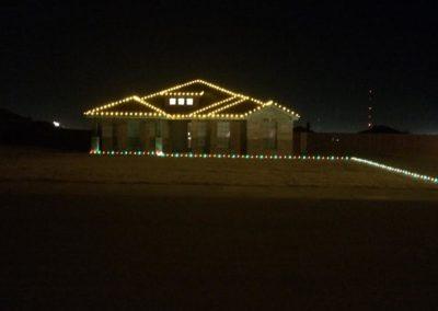 goldchristmaslightswithmulticolorgroundlights